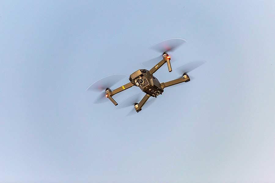 Jaki dron do filmowania? Wybieramy najlepszy!