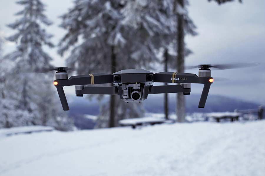 Jaki dron na prezent? Porady i polecane modele
